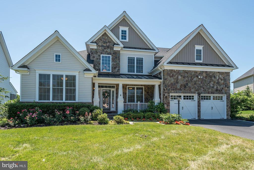 Single Family for Sale at 24336 Sparrow Pond Ct Aldie, Virginia 20105 United States
