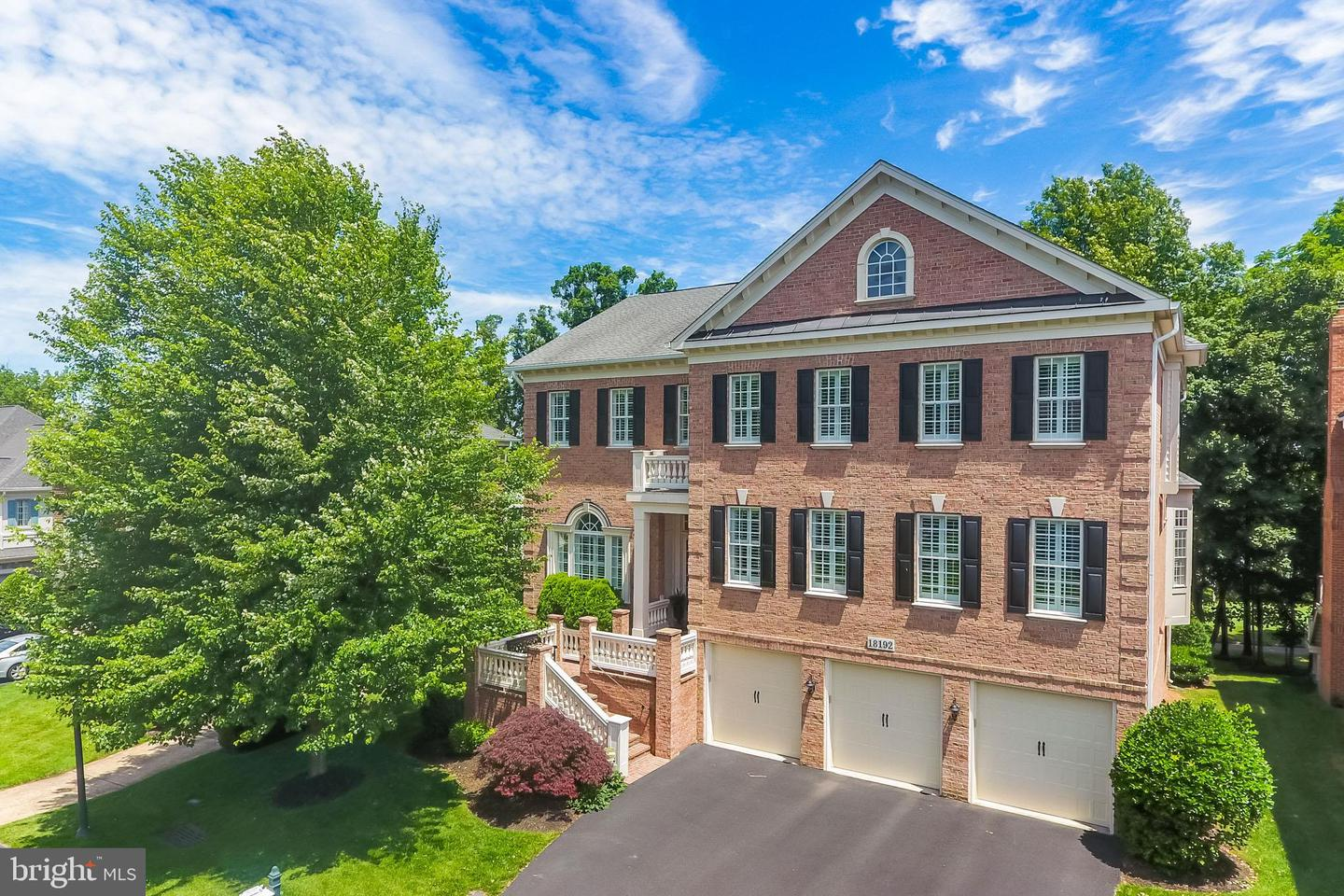 Single Family for Sale at 18192 Shinniecock Hills Pl 18192 Shinniecock Hills Pl Leesburg, Virginia 20176 United States
