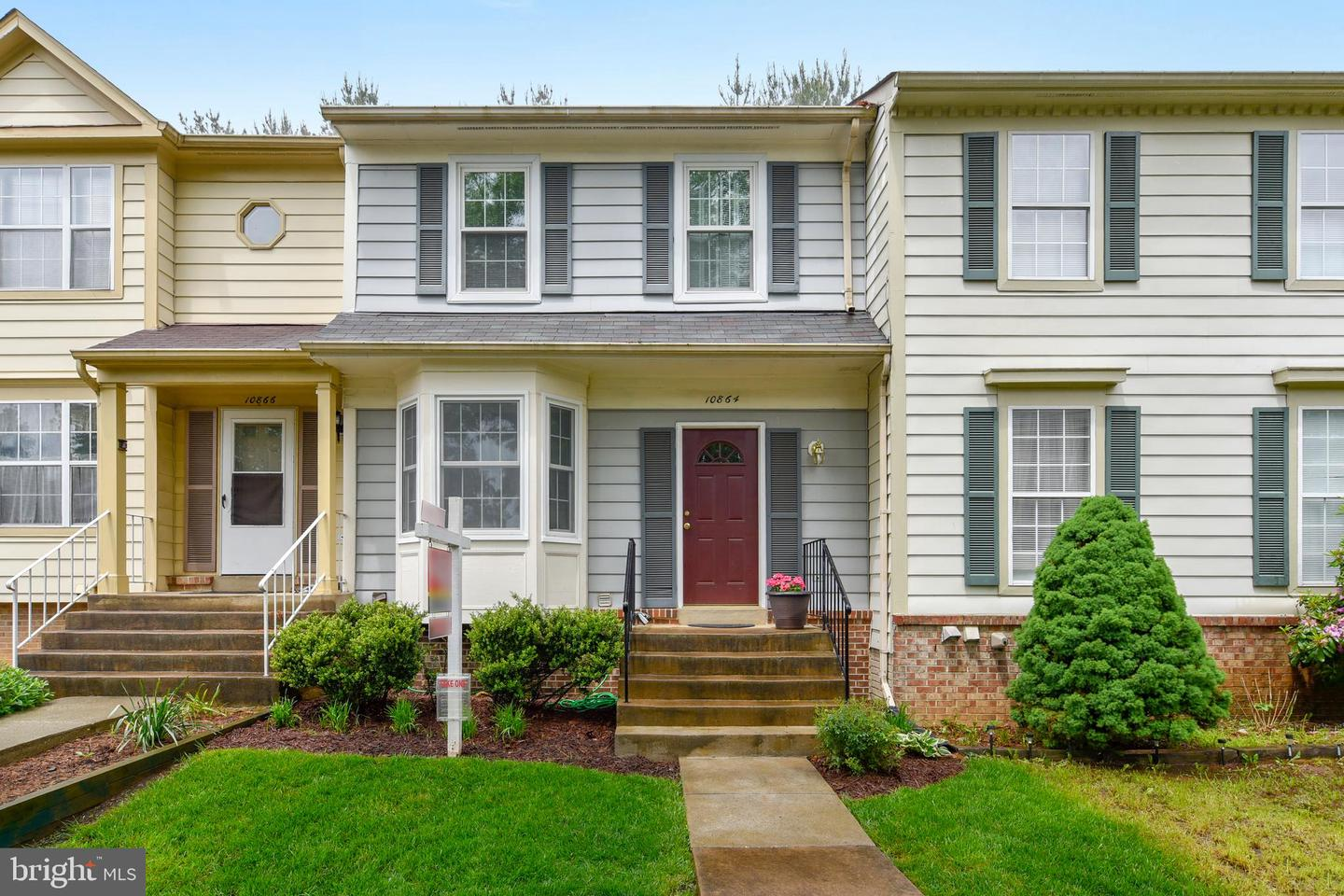 townhouses for Sale at 10864 Stone Hill Ln Manassas, Virginia 20109 United States