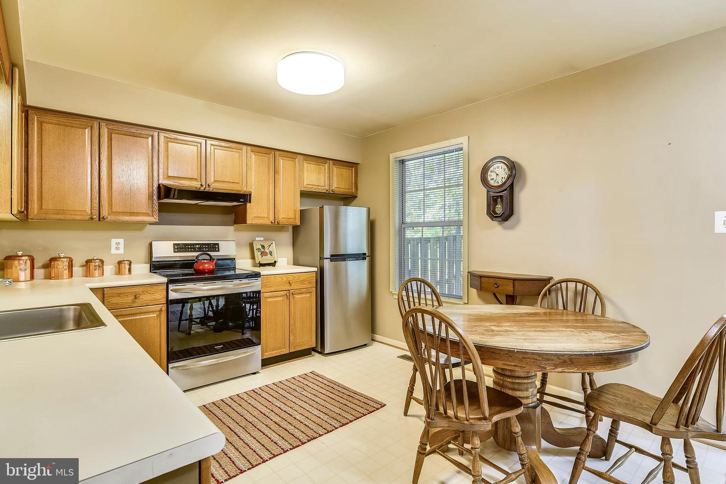 Additional photo for property listing at 10864 Stone Hill Ln Manassas, Virginia 20109 United States