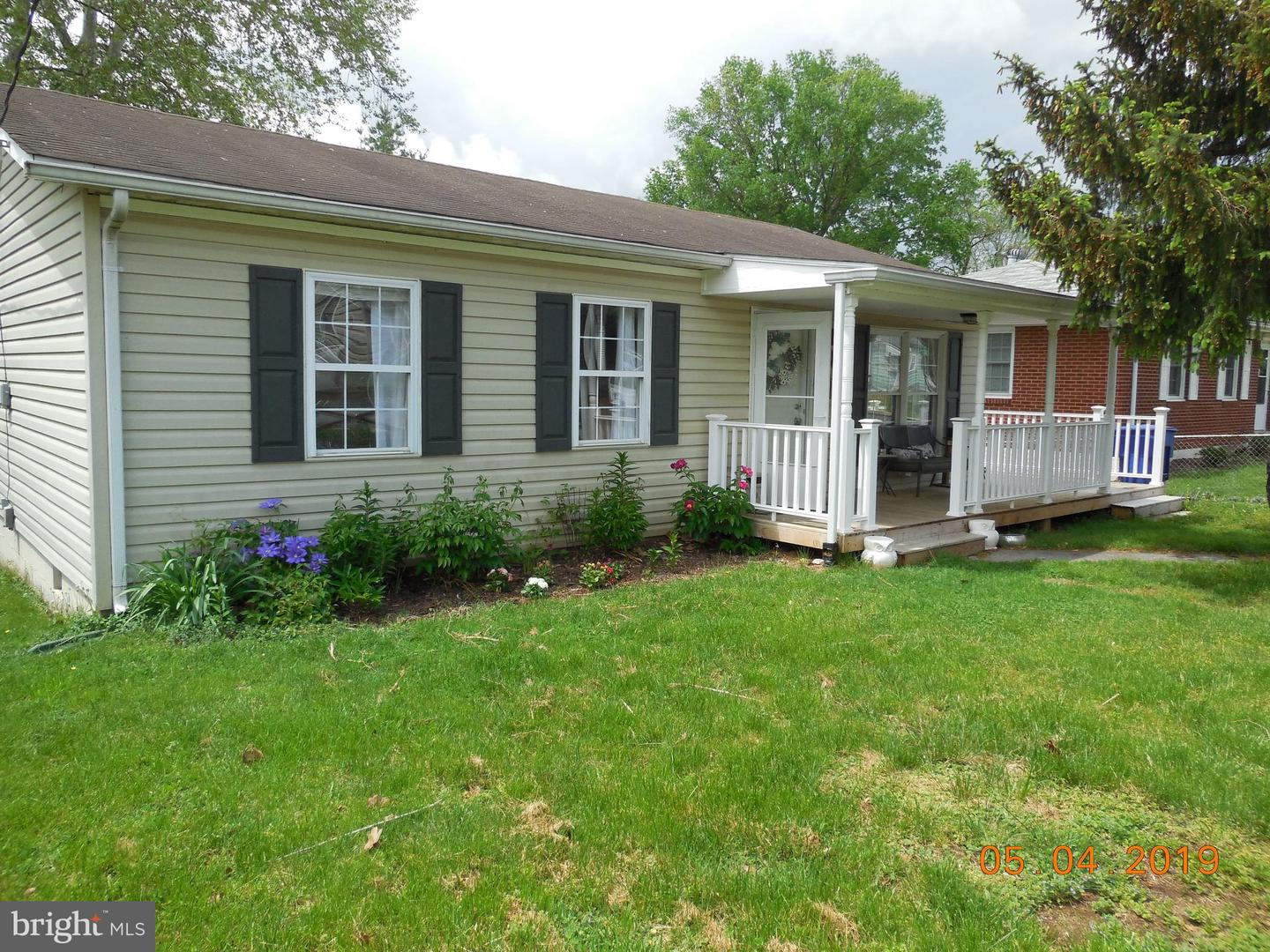 Single Family for Sale at 748 W 13th St Front Royal, Virginia 22630 United States