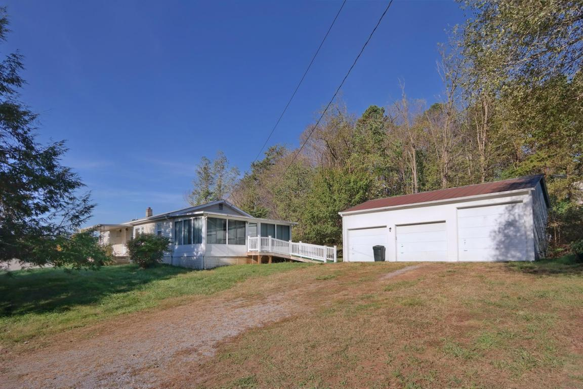 3871  ,  Blue Ridge, VA