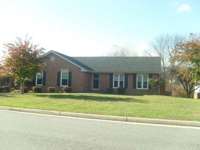 422  ,  Vinton, VA