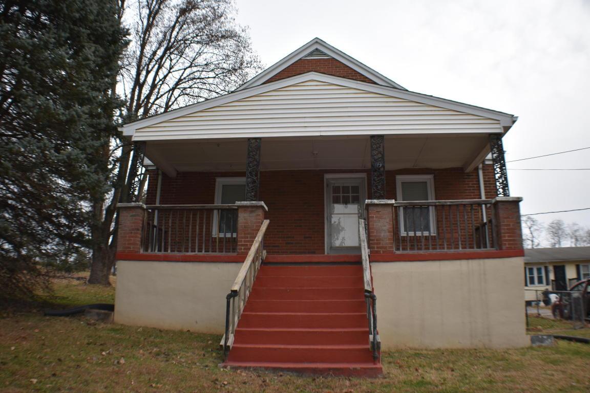 119  ,  Roanoke, VA