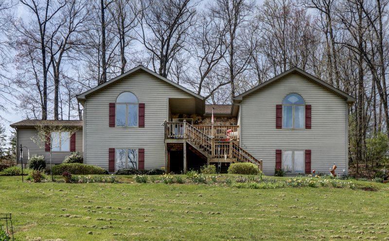 155  ,  Blue Ridge, VA