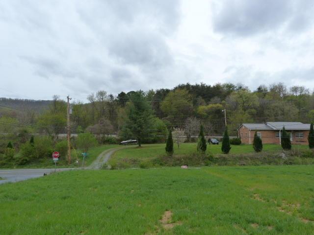 684  ,  Blue Ridge, VA