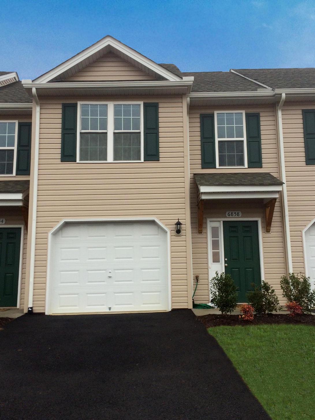 4223  ,  Roanoke, VA
