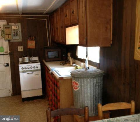 626 Rockbridge, Lost City, WV, 26810