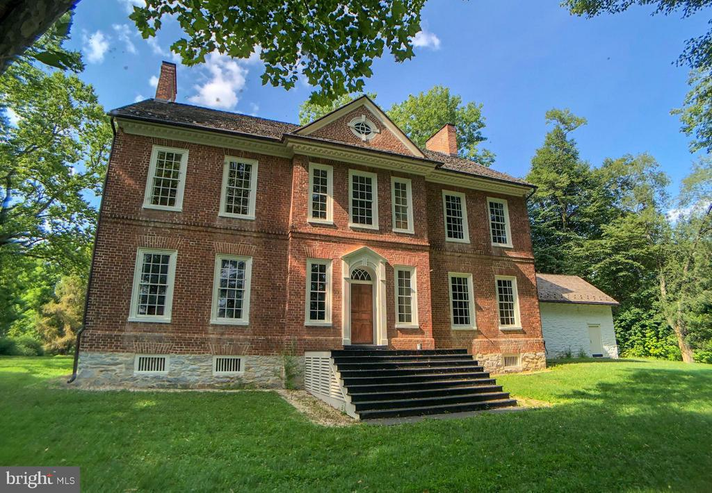 296  Piedmont,  Charles Town, WV