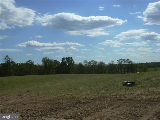 13 Sleepy Meadows, Augusta, WV, 26704