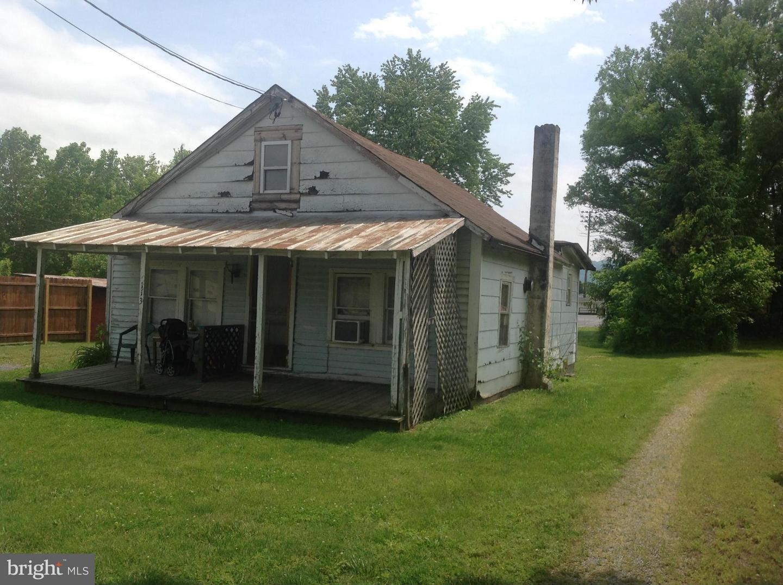 113 Jackson, Moorefield, WV, 26836