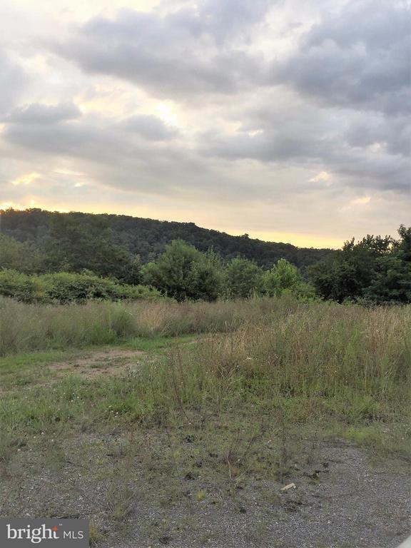 Sir Johns Valley, Berkeley Springs, WV, 25411