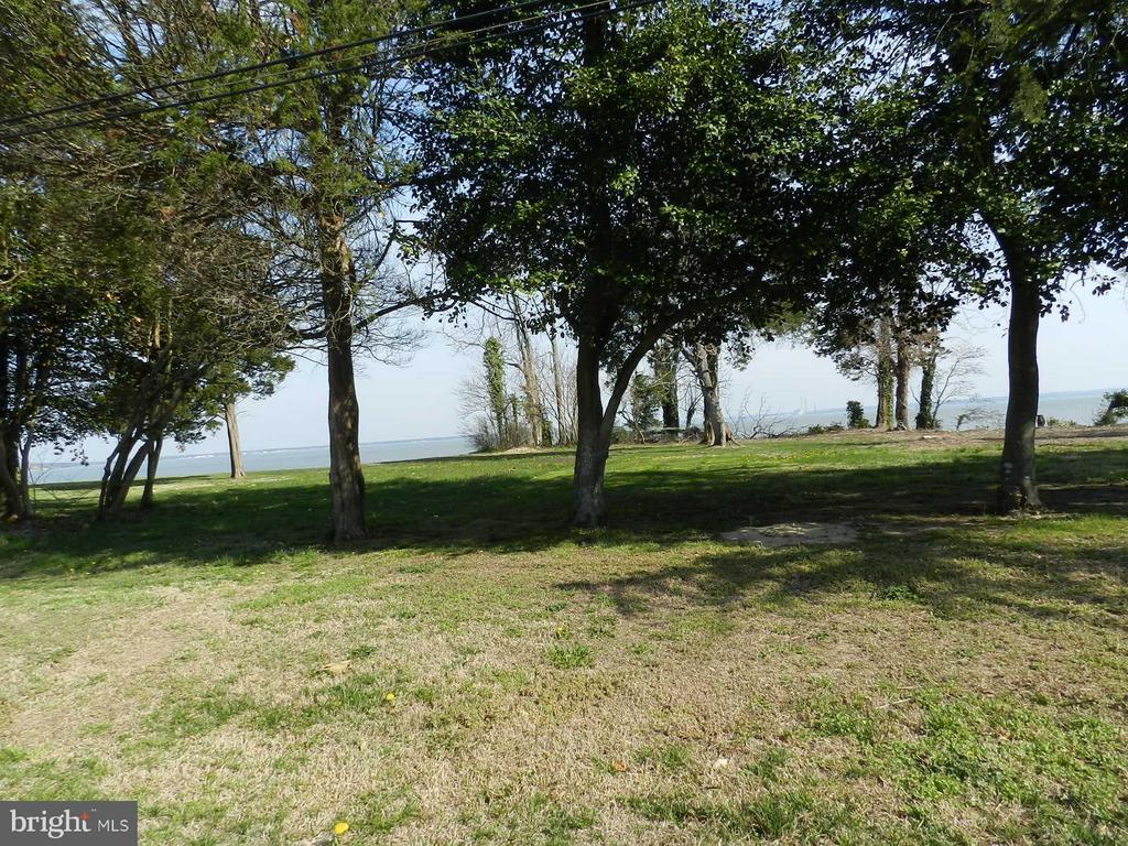 0  Riverview Dr,  Colonial Beach, VA
