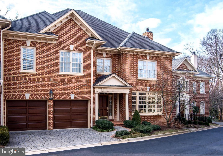 3810  Randolph,  Arlington, VA