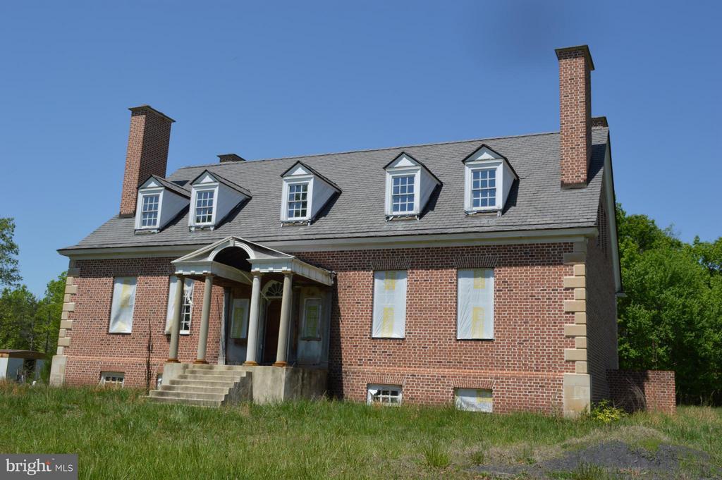 31117  Old Office,  Locust Grove, VA