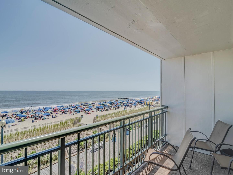 2  Virginia,  Rehoboth Beach, DE