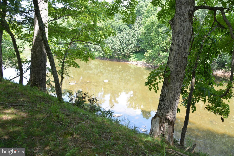 816 River Bend, Capon Bridge, WV, 26711