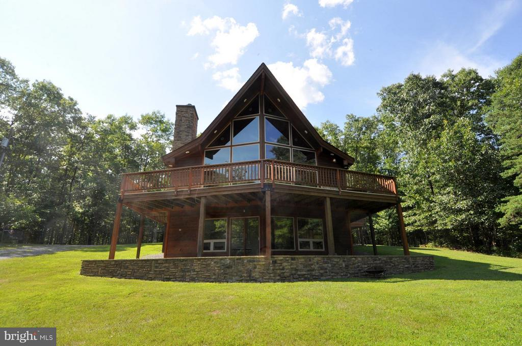 1352 Virginia Line Road, Berkeley Springs, WV, 25411