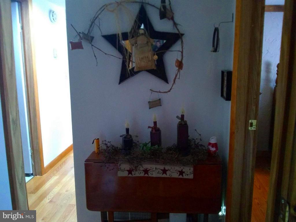 1112 Wise Schoolhouse Road, Petersburg, WV, 26847