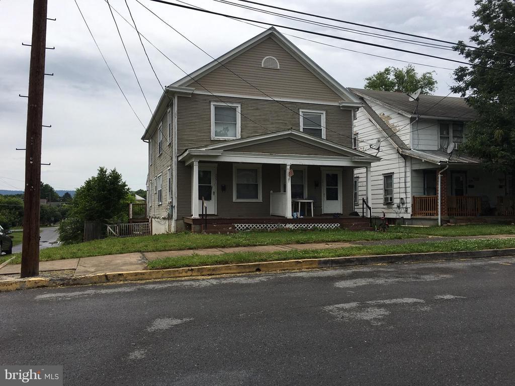 331  Rosemont,  Martinsburg, WV