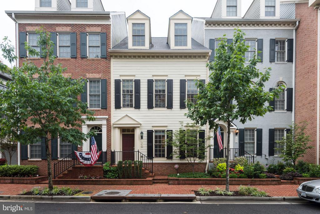 1842  Carpenter,  Alexandria, VA
