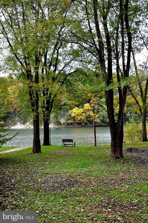 64 Park, Falling Waters, WV, 25419