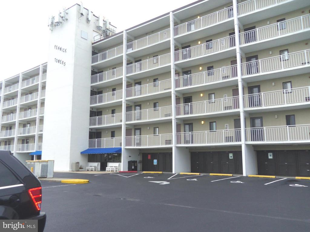 40126  Fenwick Towers,  Fenwick Island, DE