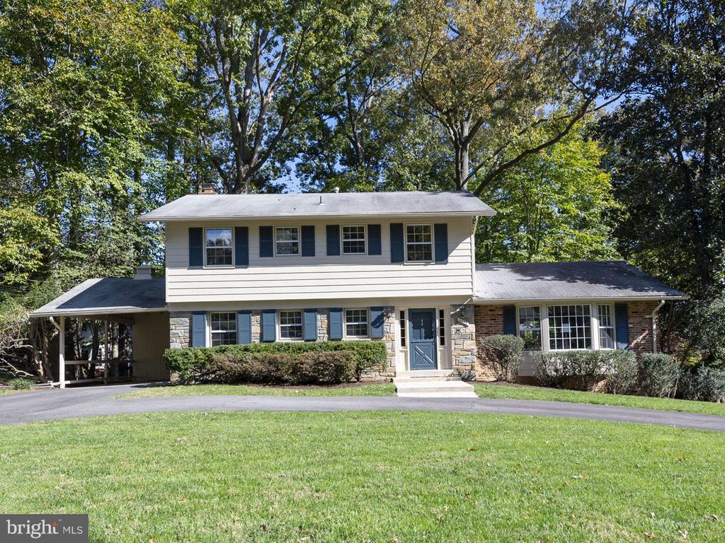 4205  Kings Mill,  Annandale, VA