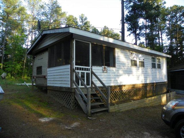 186  Mohawk Trail,  Bracey, VA