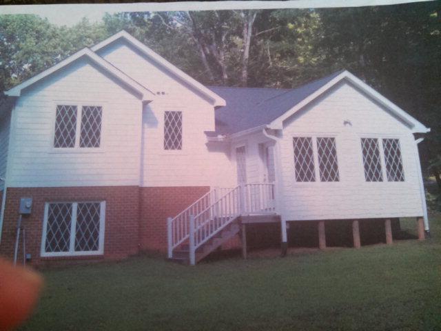 253  Maplewood  Lane,  Bracey, VA