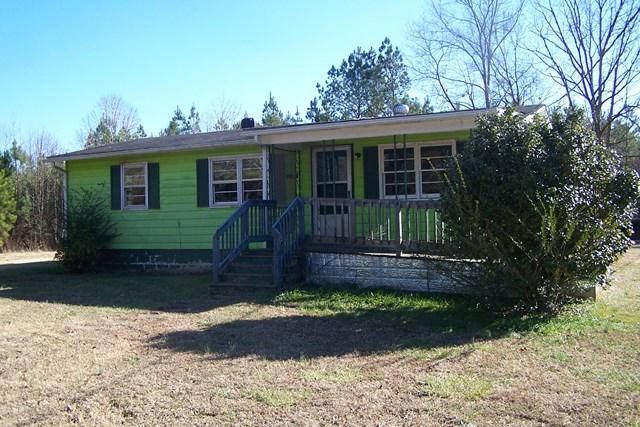 749  Quail Hollow Rd,  La Crosse, VA
