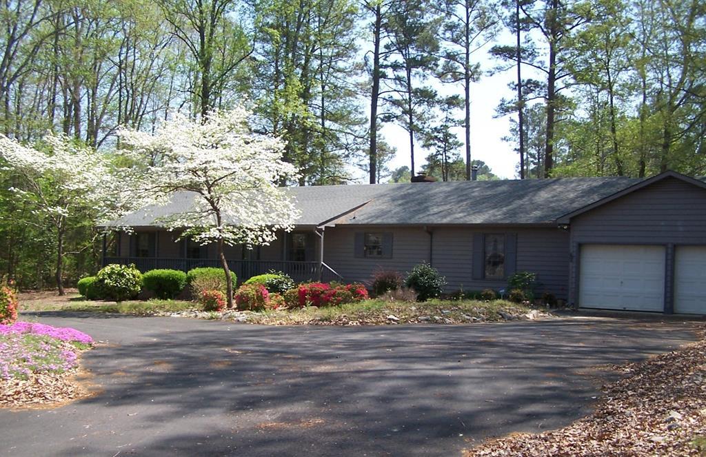 510  Dogwood Drive,  Bracey, VA