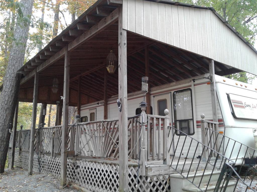 86  Gunpowder Trail,  Bracey, VA
