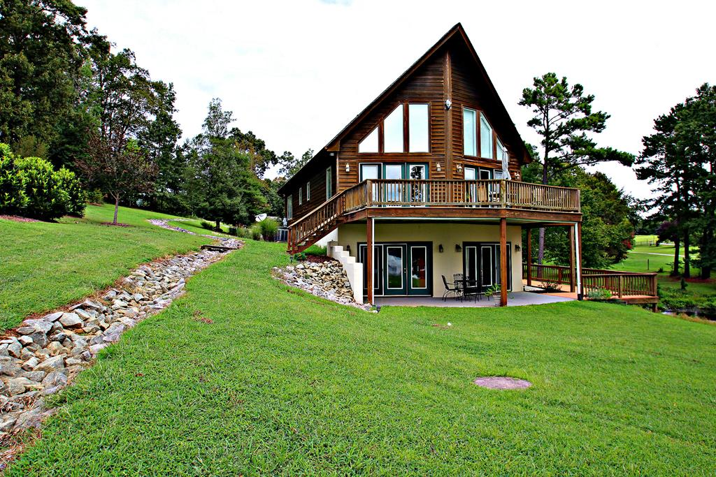 34  Country Court,  Bracey, VA