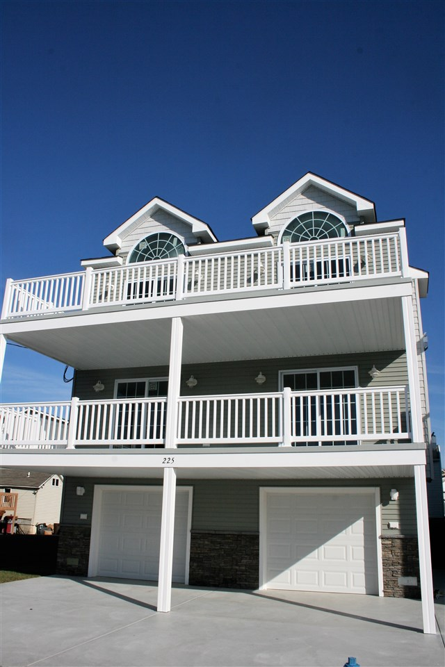225  Burk,  Wildwood, NJ