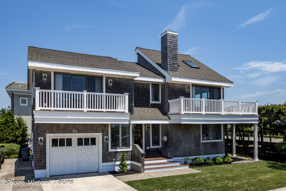 89  27th,  Avalon, NJ