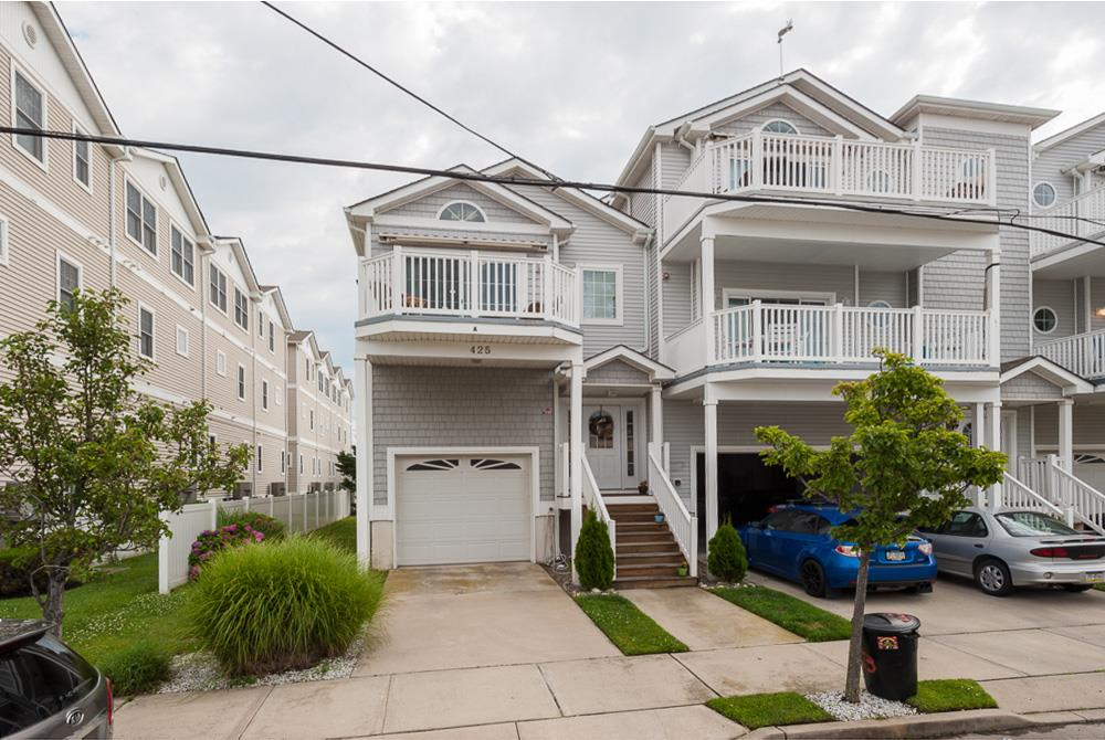 425  Cedar,  Wildwood, NJ