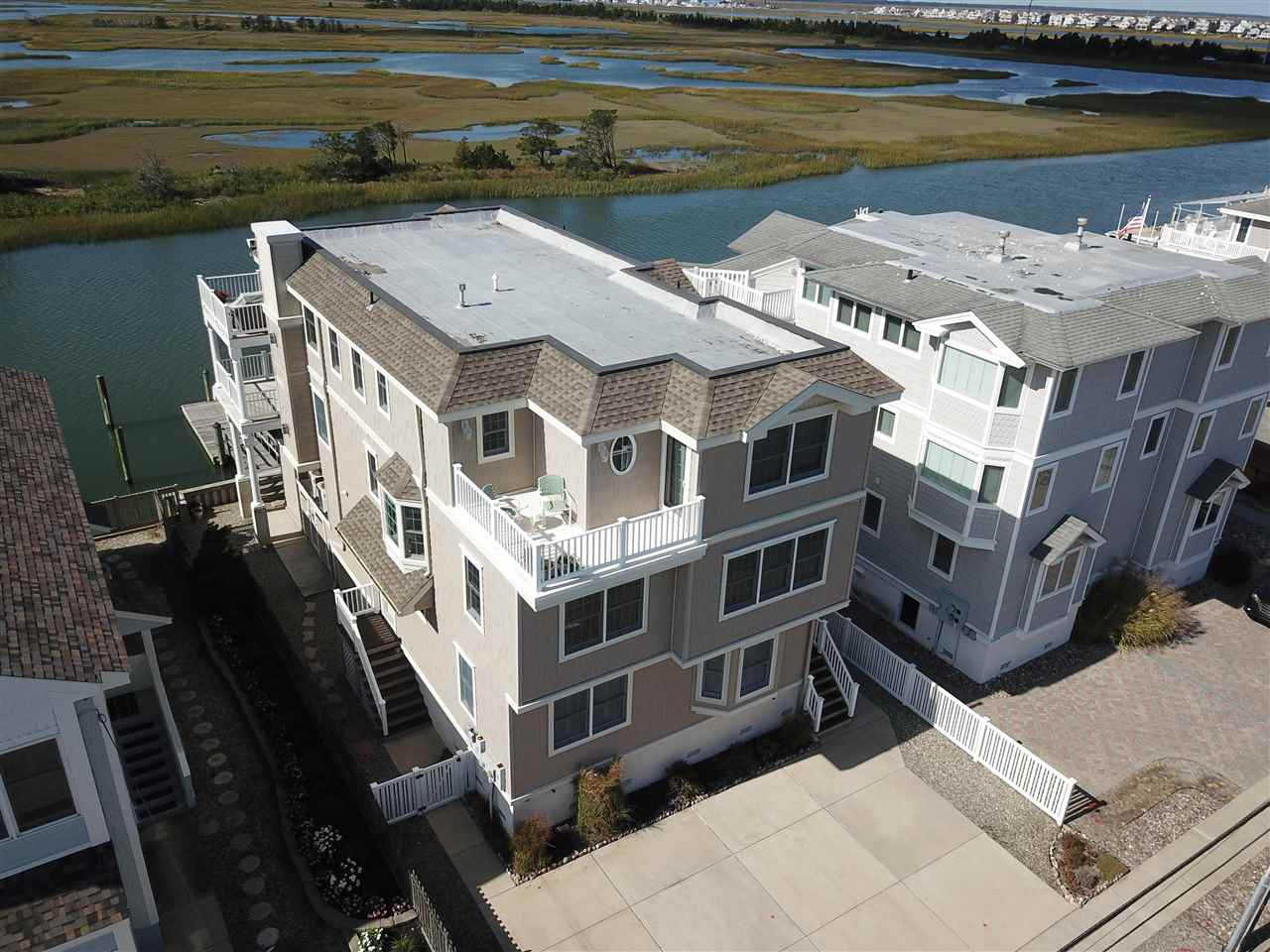 3448  Ocean,  Avalon, NJ