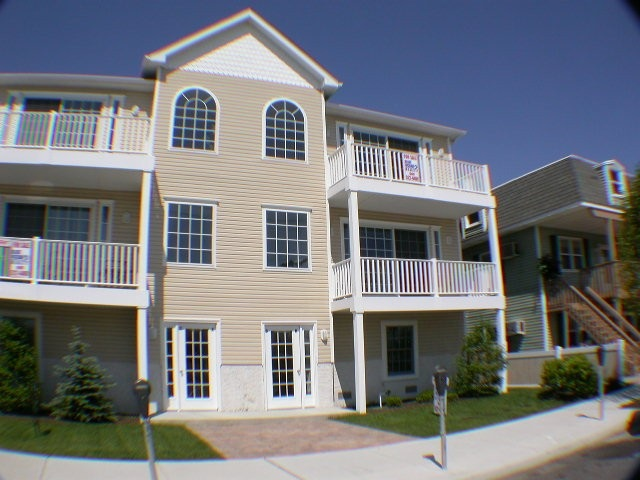 307  Montgomery,  Wildwood, NJ