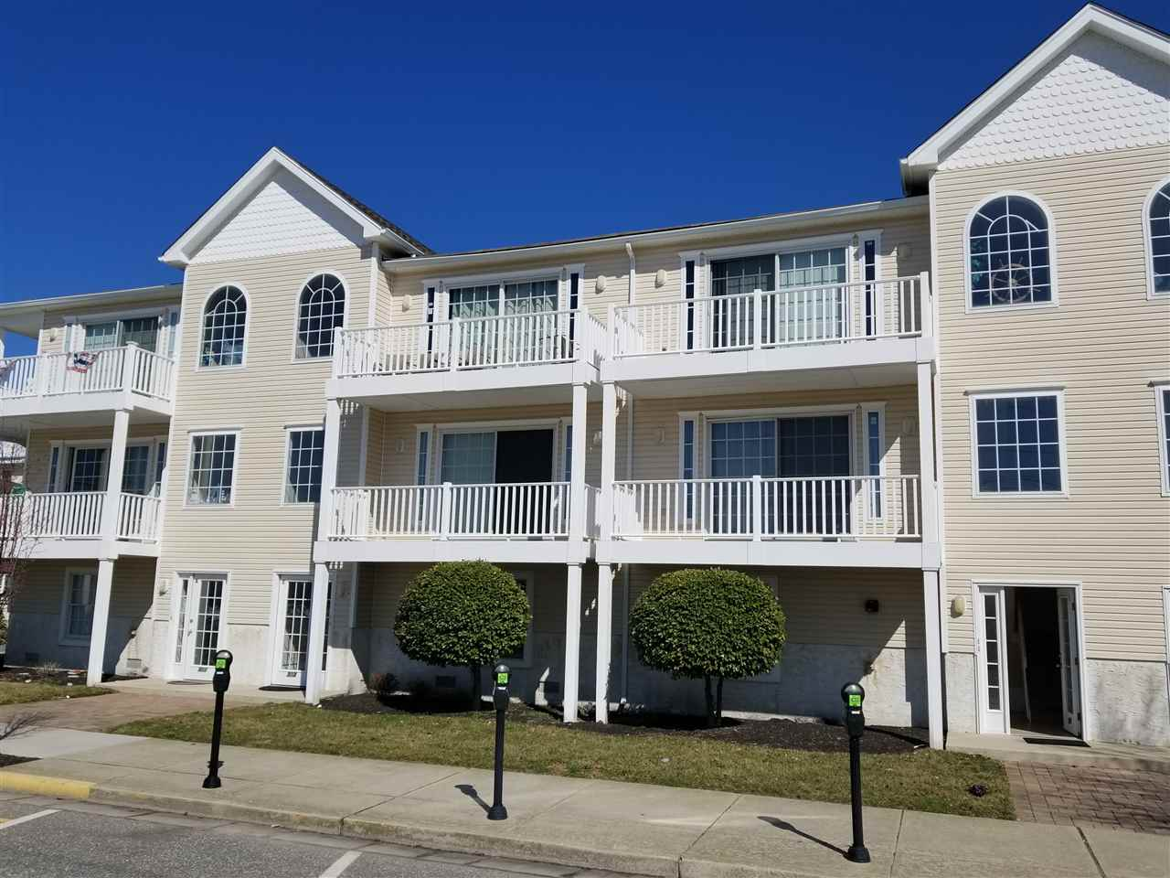 305  Montgomery,  Wildwood, NJ