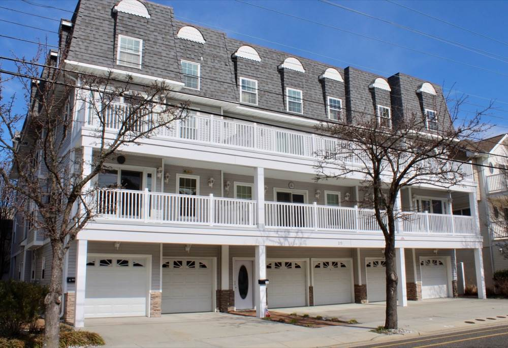 215  Spencer,  Wildwood, NJ