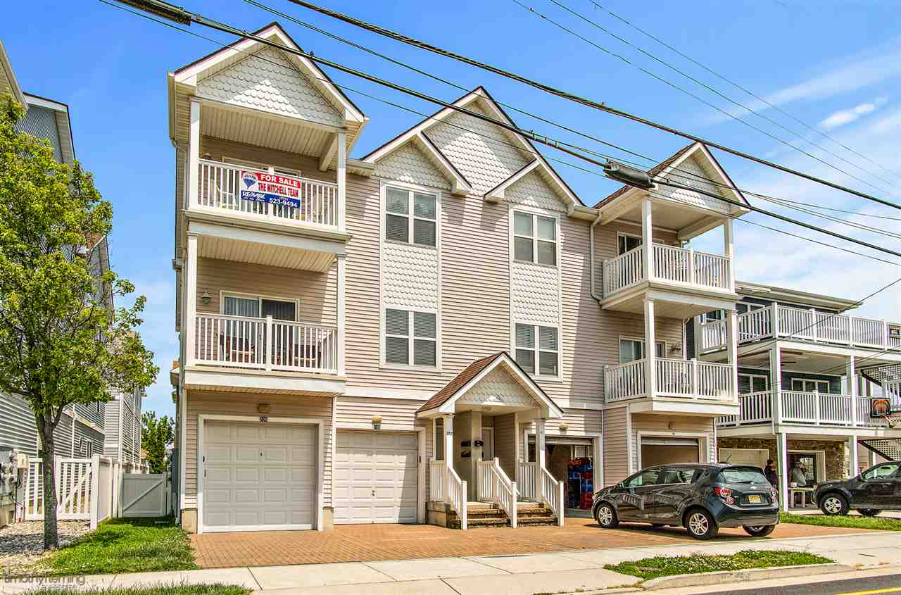 317  Poplar Avenue Unit 200,  Wildwood, NJ