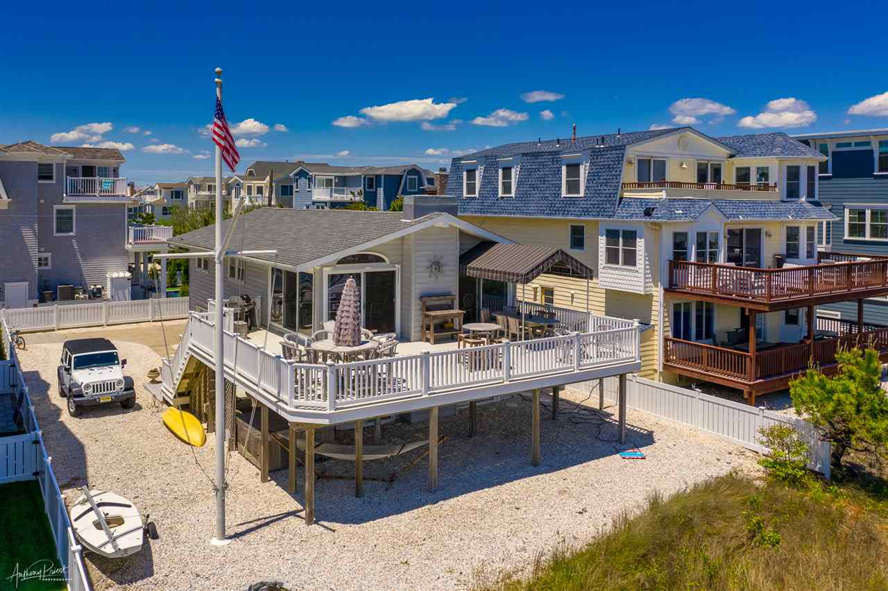 85  22nd,  Avalon, NJ