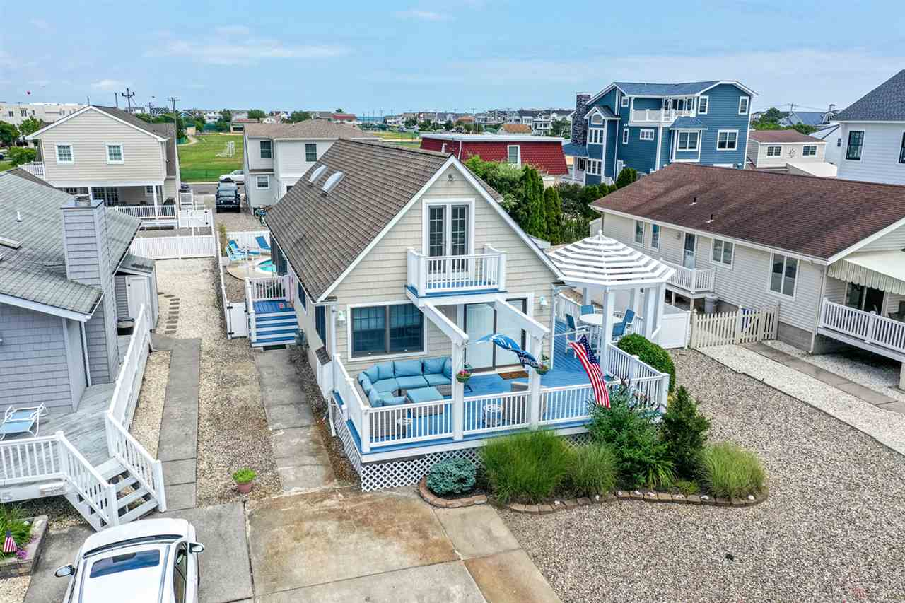 249  13th,  Avalon, NJ