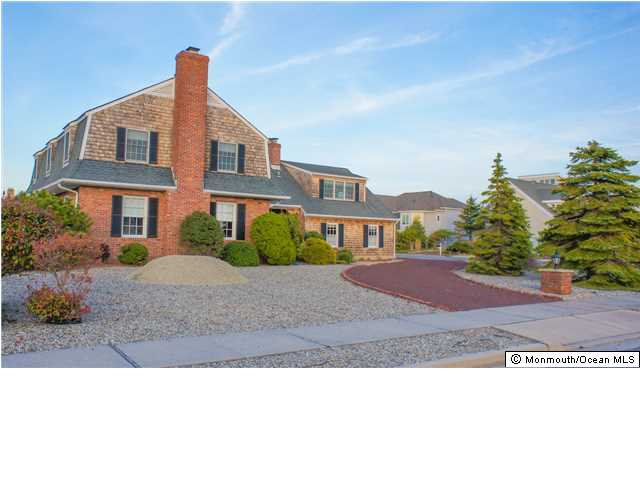 209  SQUAN BEACH DR,  Mantoloking, NJ
