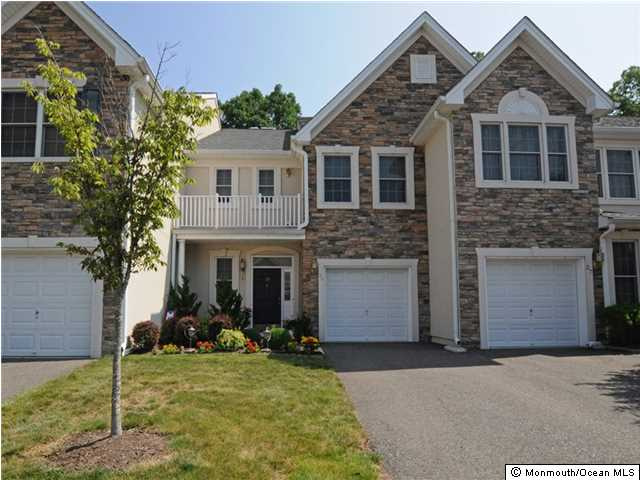 25  Osprey Dr,  Old Bridge, NJ