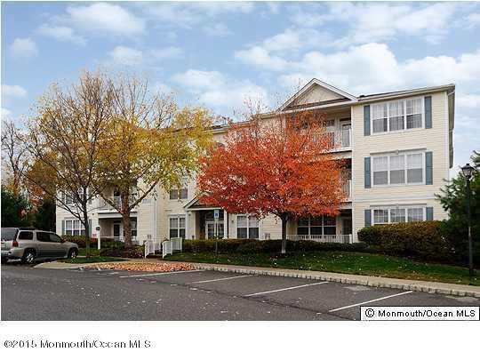 591  Saint Andrews Place,  Manalapan, NJ