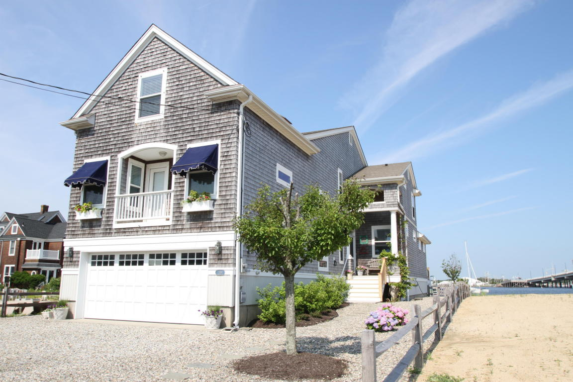 1208  Bay Avenue,  Mantoloking, NJ