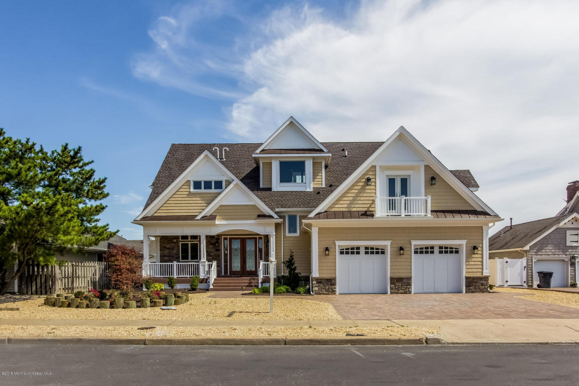 206  Valhalla Drive,  Mantoloking, NJ
