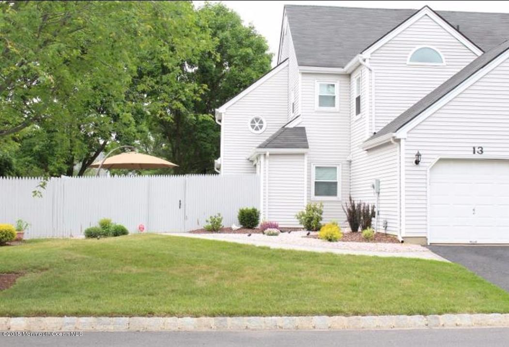 13  Frost Court,  Freehold, NJ